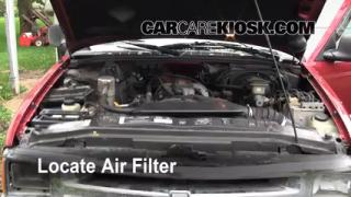 1995-2005 Chevrolet Blazer Engine Air Filter Check