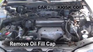 How to Add Oil Honda Accord (1990-1993)