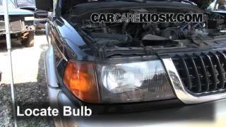 Parking Light Change 1997-2004 Mitsubishi Montero Sport