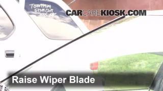 Front Wiper Blade Change Volvo 740 (1990-1992)