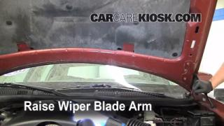 Front Wiper Blade Change Lincoln Town Car (1998-2011)