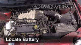 Battery Replacement: 2000-2007 Ford Taurus