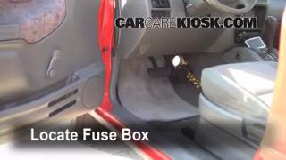 1999-2005 Suzuki Grand Vitara Interior Fuse Check