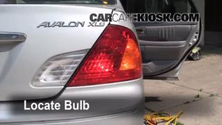 Reverse Light Replacement 2000-2004 Toyota Avalon