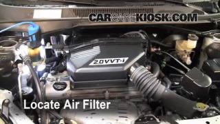 2001-2005 Toyota RAV4 Engine Air Filter Check