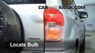 Tail Light Change 2001-2005 Toyota RAV4