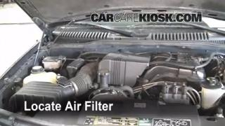 2002-2005 Ford Explorer Engine Air Filter Check