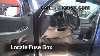 2002-2005 Ford Explorer Interior Fuse Check
