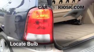 Tail Light Change 1999-2003 Ford Windstar