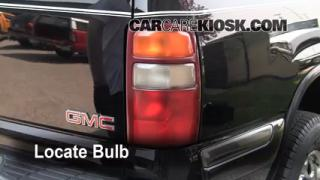 Reverse Light Replacement 2000-2006 GMC Yukon XL 2500