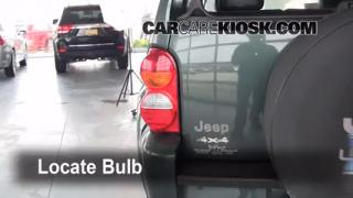Tail Light Change 2002-2007 Jeep Liberty