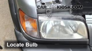 Headlight Change 1995-2002 Kia Sportage