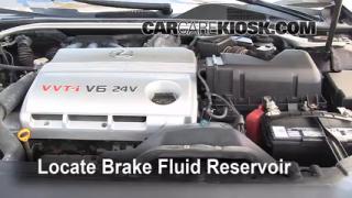 2002-2006 Lexus ES300 Brake Fluid Level Check