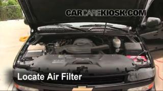 2000-2006 Chevrolet Suburban 1500 Engine Air Filter Check