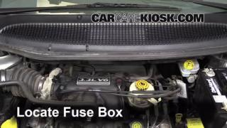 Replace a Fuse: 2001-2004 Dodge Grand Caravan