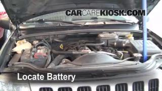 Battery Replacement: 1999-2004 Jeep Grand Cherokee