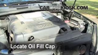 How to Add Oil Kia Sorento (2003-2009)