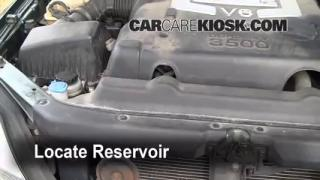 Check Windshield Washer Fluid Kia Sorento (2003-2009)