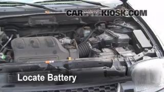 Battery Replacement: 2001-2004 Ford Escape