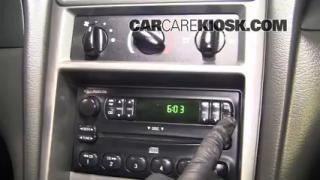 How to Set the Clock on a Ford Mustang (1994-2004)