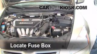 Replace a Fuse: 2003-2007 Honda Accord
