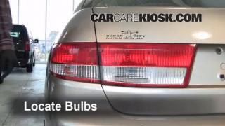 Tail Light Change 2003-2007 Honda Accord