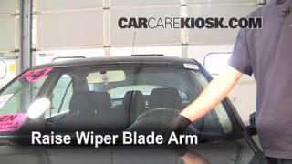 Front Wiper Blade Change Volkswagen Jetta (1999-2005)