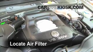 1998-2005 Volkswagen Passat Engine Air Filter Check
