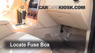 2002-2010 Mercury Mountaineer Interior Fuse Check