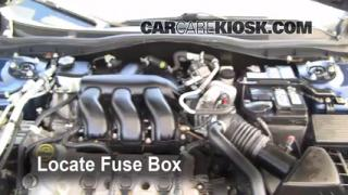 Replace a Fuse: 2006-2009 Ford Fusion