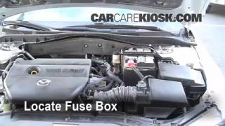 Replace a Fuse: 2003-2008 Mazda 6