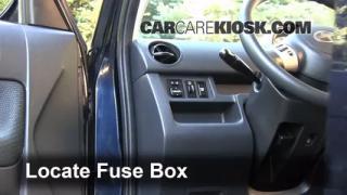 2006-2011 Chevrolet HHR Interior Fuse Check
