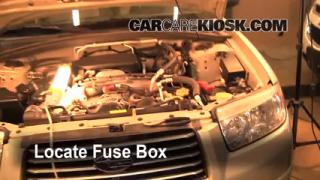 Replace a Fuse: 2006-2008 Subaru Forester