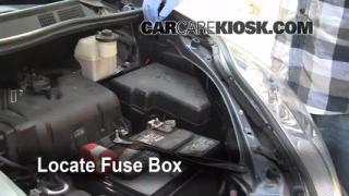 Replace a Fuse: 2004-2010 Toyota Sienna