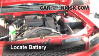 Battery Replacement: 2004-2012 Chevrolet Colorado