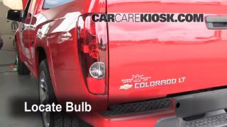 Tail Light Change 2004-2012 Chevrolet Colorado