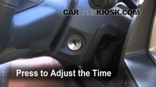 How to Set the Clock on a Dodge Ram 1500 (2006-2008)