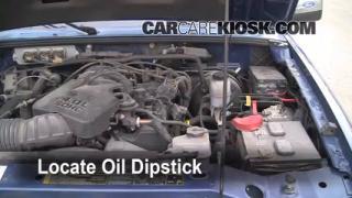 Check Oil Level 2006-2011 Ford Ranger