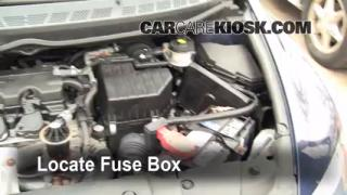 Replace a Fuse: 2006-2011 Honda Civic