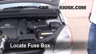 Replace a Fuse: 2007-2010 Kia Rondo