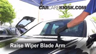 Front Wiper Blade Change Mercedes-Benz C230 (2001-2007)