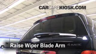 Rear Wiper Blade Change Mercedes-Benz ML350 (2006-2011)
