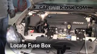 Replace a Fuse: 2006-2013 Chevrolet Impala
