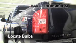 Tail Light Change 2007-2013 Chevrolet Silverado 1500