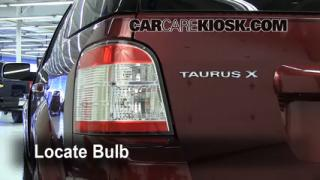 Tail Light Change 2008-2009 Ford Taurus X