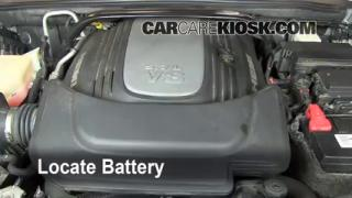 Battery Replacement: 2006-2010 Jeep Commander