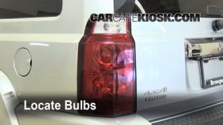 Tail Light Change 2006-2010 Jeep Commander