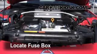 Replace a Fuse: 2003-2009 Nissan 350Z