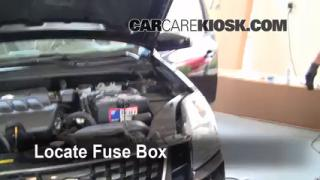 Replace a Fuse: 2007-2012 Nissan Sentra
