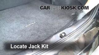 2007-2012 Nissan Sentra Jack Up How To
